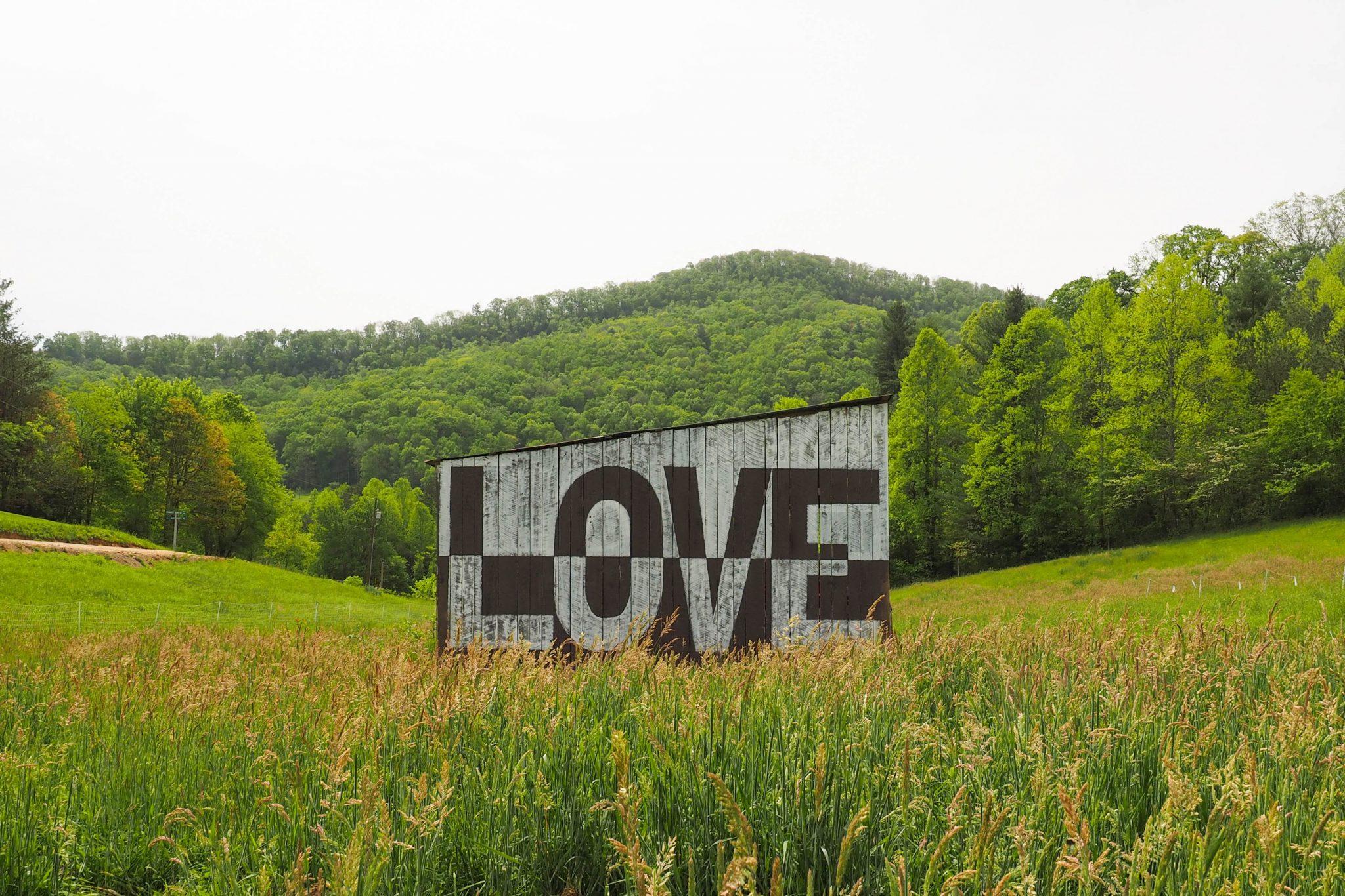 Love-Barn-1